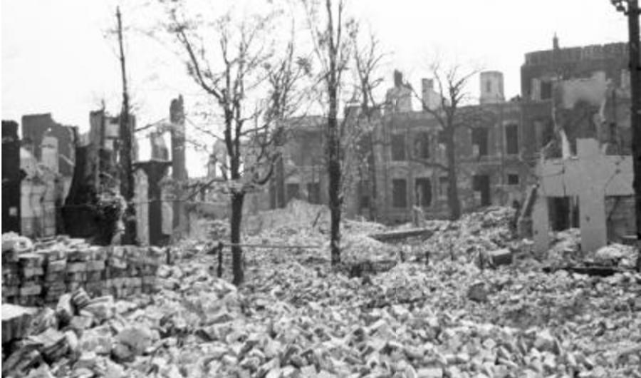 Verwoest NEN-gebouw op Korte Voorhout