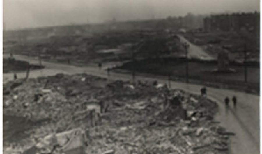Louise de Colignyplein after bombing.