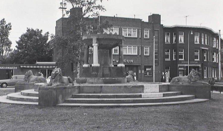 The lion monument of the Juliana van Stolbergplein
