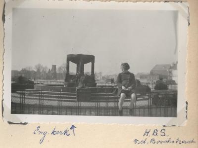 Mr G. Roelafs (in Het Vaderland, 3 March 1955).
