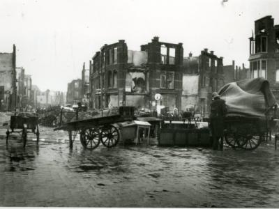 Bewerkt naar een ooggetuigenverslag van B. van Oosterhout, 23 jaar ten tijde van het bombardement
