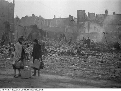 Mrs L. van Werff-Van Boxmeer, 15 years old during the bombing. Photo: Ed van Wijk
